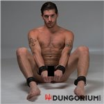 Neopren Fußfessel schwarz mit D-Ring